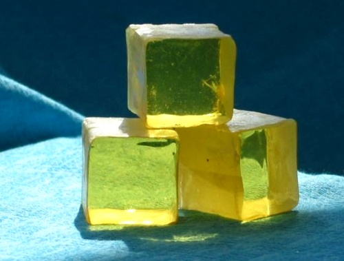 resin of rosin and polylactic acid